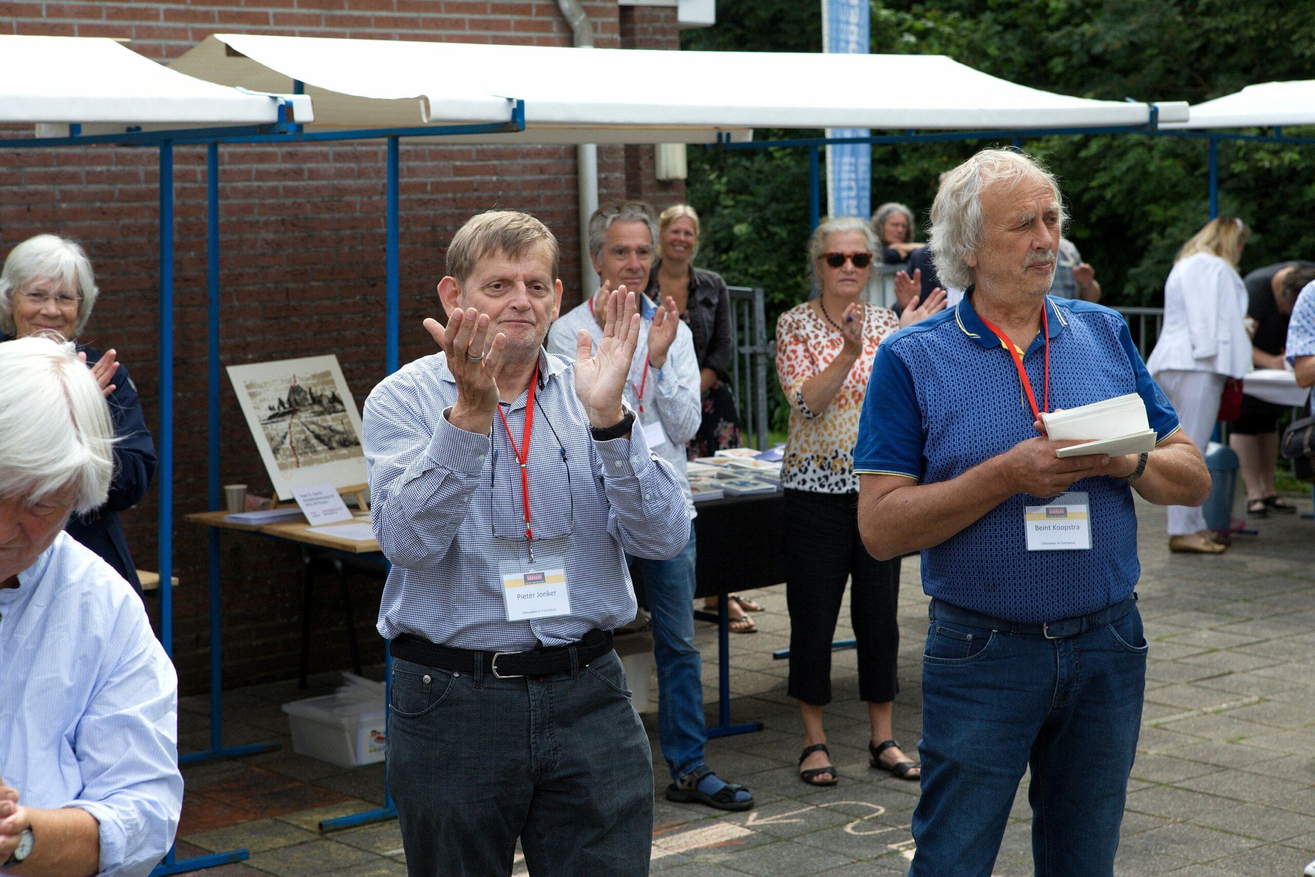 Pieter Jonker en Beint Koopstra met daarachter Barteld Londo en Petra Koornneef